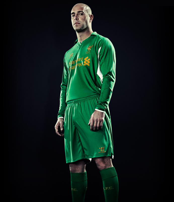 f052d5e373c Liverpool 2019 20 Goalkeeper Football Kits   Shirts