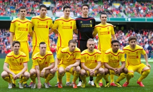 Photos: Reds play in new yellow away strip