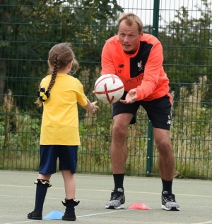 Reds goalkeepers deliver PE lesson at local primary school