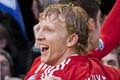 Kuyt (80)