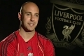 Reina's delight at award