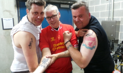 Video: Stevie marks three fans for life