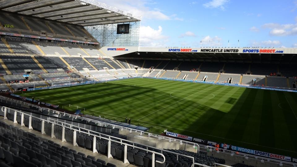 Newcastle v LFC: Live updates